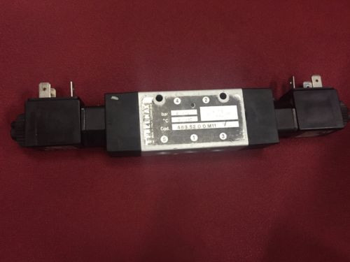 PNEUMAX 4885200M11 5/2-way Double Solenoid Valve 1/8 in DC 24 V 38W