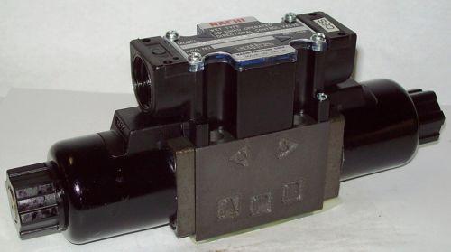 Nachi D03 4 Way 4/3 Hydraulic Solenoid Valve i/w Vickers DG4V-3-8C-WL-H 24 VDC