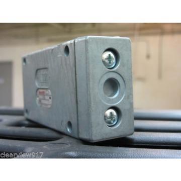 Rexroth 5710050510 Air Valve origin with out box