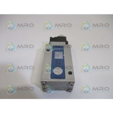 REXROTH 5724555270 DIRECTIONAL VALVE Origin NO BOX
