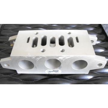 Bosch Rexroth Pneumatic Valve R432015490 Manifold Segment  P-068979-00002