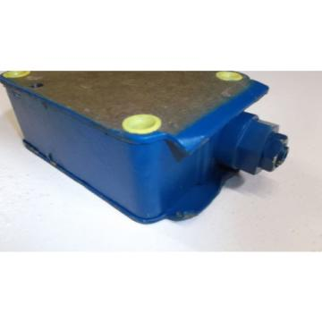 REXROTH HYDRAULIC VALVE R900456783  USED