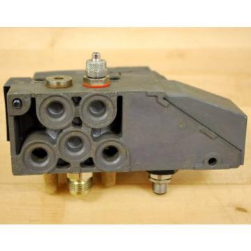Rexroth 261-108-110-0 Pneumatic Valve, 24 VDC 2W Coil, 049-384-580-2 Valve