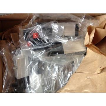 Rexroth valve Manifold and 6 x 0820 038 152 valves