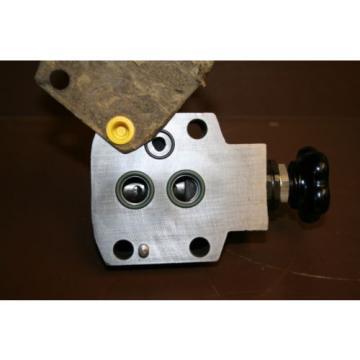 Pressure reducing valve 100 bar DR10-4-42/100YV Rexroth Unused