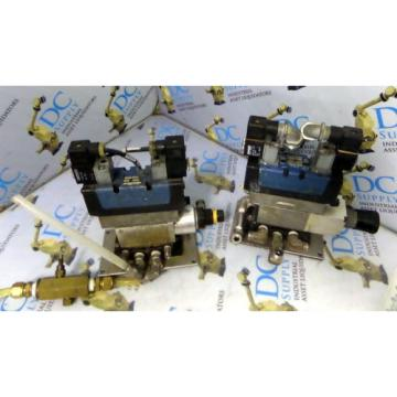 WABCO CERAM REXROTH GS20062-3939 24V  PNEUMATIC VALVE W/ MANIFOLD LOT OF 2