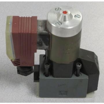 MANNESMANN REXROTH Directional Valve M-2 SEW 6 C22/420 L  W110 RNZ55L/B12/V/5 50