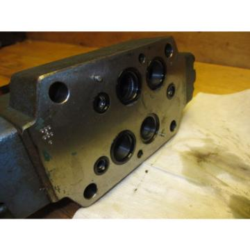 Mannesmann Rexroth 4WEH16E70/6EW110N 9ETDAL Hydraulic Directional Valve
