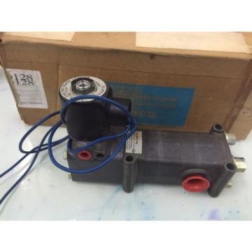 REXROTH  PD400031-1400 1/2#034;  Pilotir 3 port Solenoid Valve 1/2 in, 120 v AC