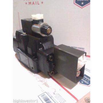 DENISON SOLENOID CONTROLLED PILOT OPERATED DIRECTIONAL VALVE P26-70026-H