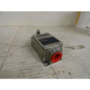 Telemecanique / RB Denison L100WTL Type L Limit Switch  Origin