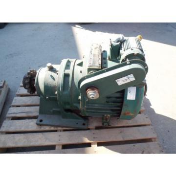 SUMITOMO GEARMOTOR, RATIO 36:1, SM-CYCLO 1/8 HP MOTOR 1730 RPM, 230/460 V USED