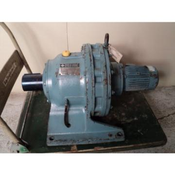 SUMITOMO CYCLO DRIVE CHHM-4190DB 2537:1 RATIO 075KW 1750RPM