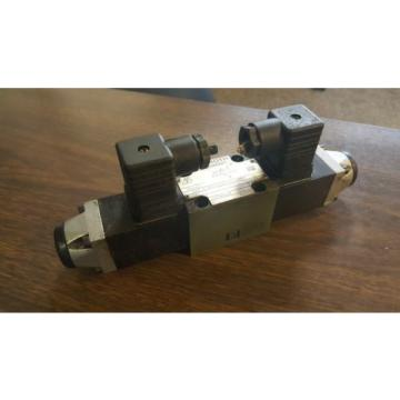 Rexroth Directional Control Valve, 4WE 6 D52/OFAG24NZ, Used, Warranty
