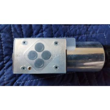 Rexroth Hydraulic Valve 4WE6D62/EG24N9K72L=AN    R901235361