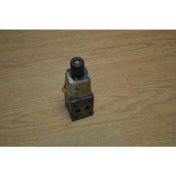 Bosch 0811104103 pressure control valve