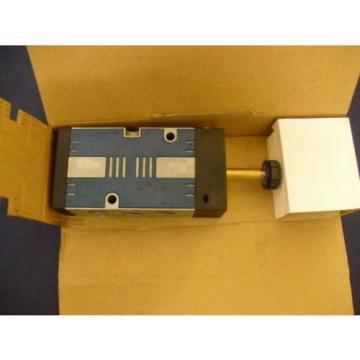 Directional Valve 577-696-530-2 Rexroth Mecman 5776965302