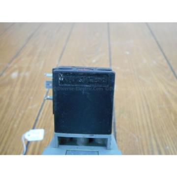 Bosch B 820 048 012 Solenoid Valve w/ 1 824 210 223 Coil, 48/24V