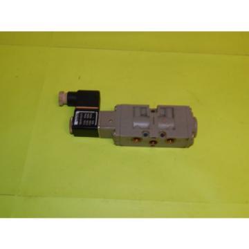 Bosch 0-820-022-028 Solenoid Valve 1/8#034;125#034;NPT W/ 1824210237 Coil 0820022028
