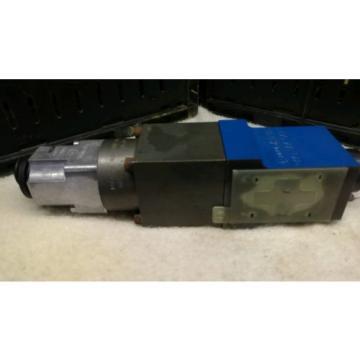 origin Rexroth Valve 0 811 402 007 origin Rexroth solenoid valve