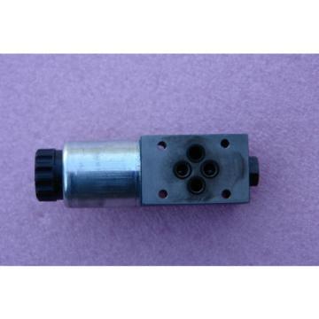 Rexroth Hydraulic Valve 00738483 4WE6D62/EG24K S0293