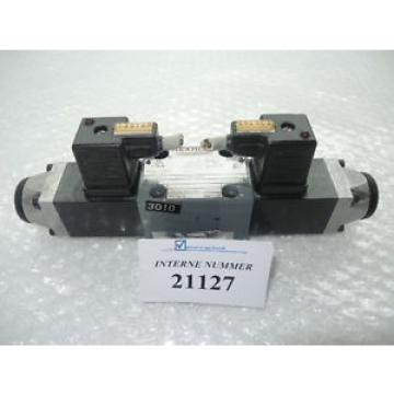 4/3 way valve Rexroth  4WE 6 J52/AG24NZ4, Battenfeld used spare parts