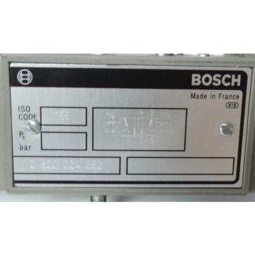 BOSCH REXROTH 0-820-024-552 DIRECTIONAL CONTROL SOLENOID VALVE 24VDC 5/2 ISO1