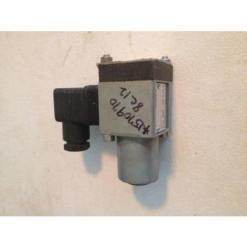 Mannesmann Rexroth 536-648 HED 8 OH 11/100 HED8OH Pressure Valve Industrial