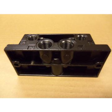 origin RexRoth P-69191-1 P691911 Sub Base For Directional Valve