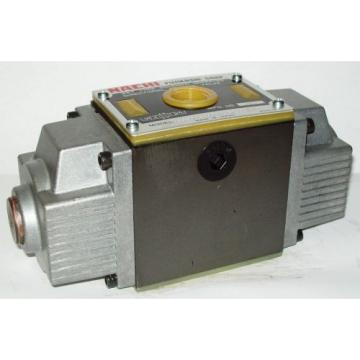 D05 4 Way 4/3 Hydraulic Solenoid Valve i/w Vickers DG4S4-017C-WL-D 230 VAC
