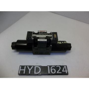 Nachi SS-G01-C5-R-D2-E30 Hydraulic Directional Control Valve HYD1624