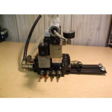 Rexroth Ceram 2 GT10062-2424 Valve Assembly amp; PSI Gauge FREE SHIP